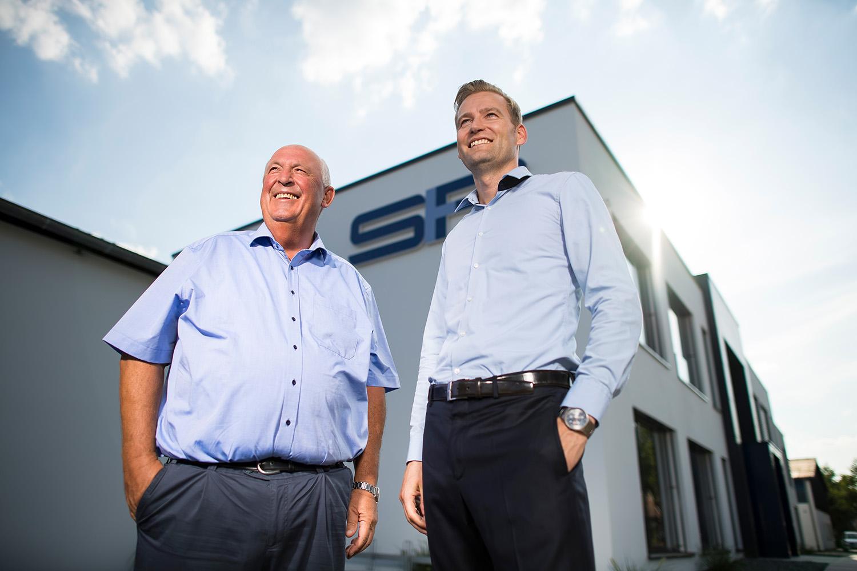Portrait mit Geschäftsführer Bergmann und Gerbert von Bergmann Spritzguss und Formenbau am 02.08.2018 in Westbevern